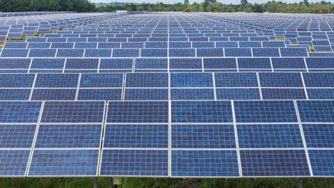 Purchase agreement for first Victorian large-scale solar farm