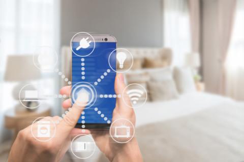 Smartphone app helps customers cut electricity bills