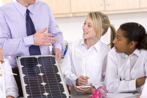 QLD schools to cut power bills with solar panels