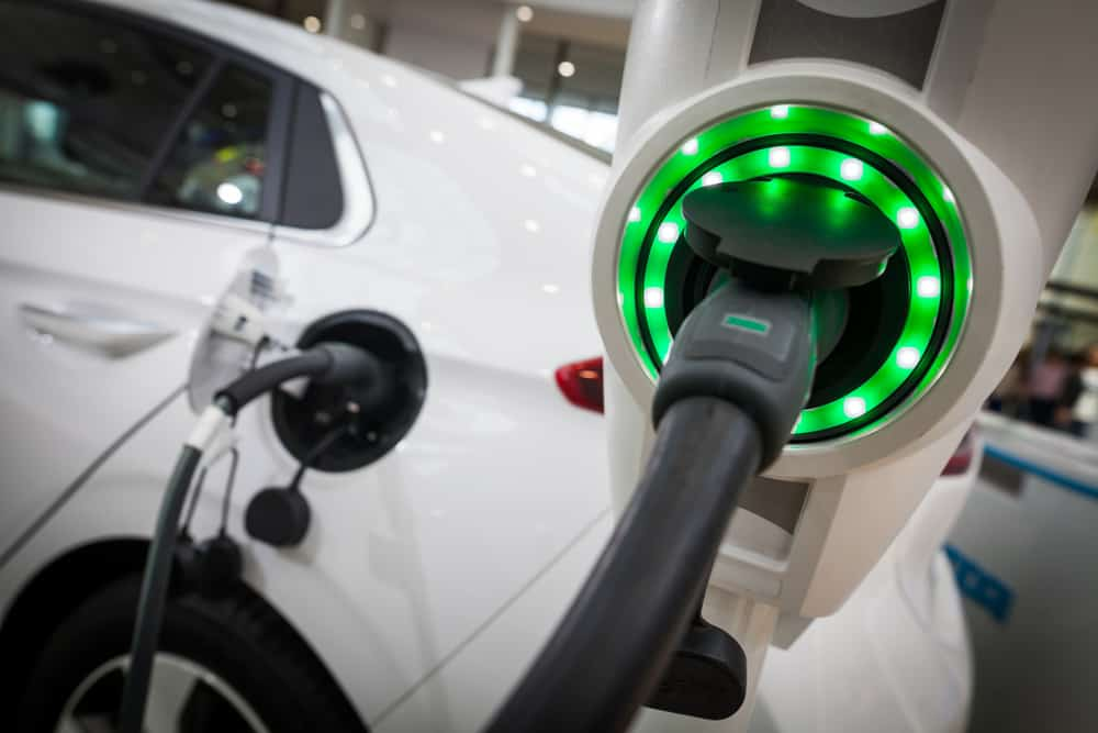 Electric vehicle disruption of the oil and gas industry