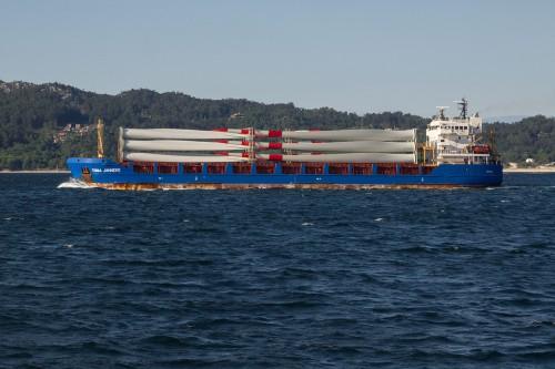 Facilitating wind turbine delivery