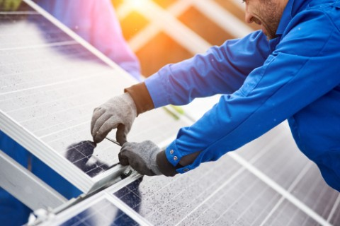 Major energy companies announce solar agreement
