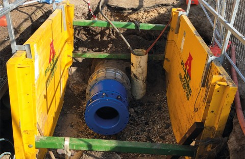 Swift and smart sewer system renovation