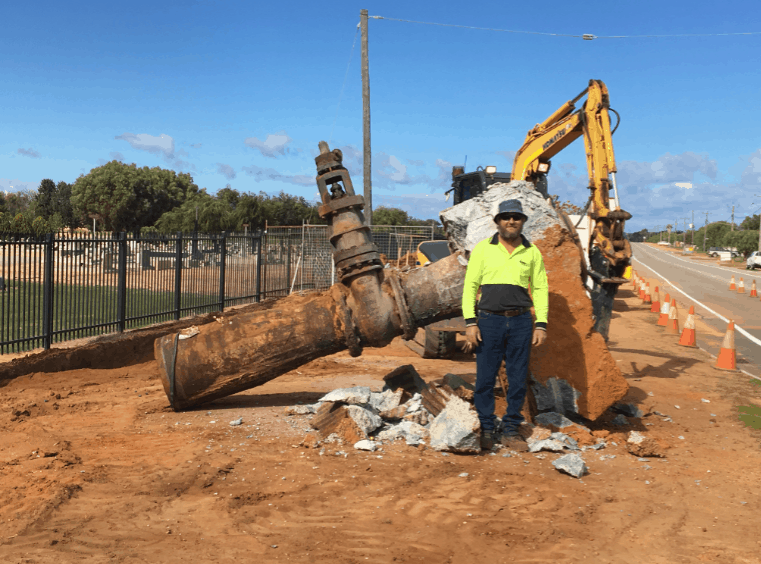 Geraldton's largest water valve gets a makeover