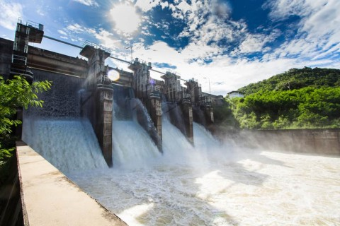 Water release at Paradise Dam