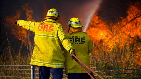 EnergyAustralia supports communities affected by bushfires