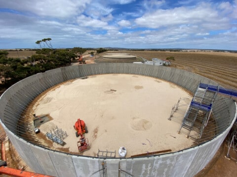 Port Lincoln water storage tank nears completion